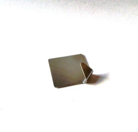 Akasztó fém 2db